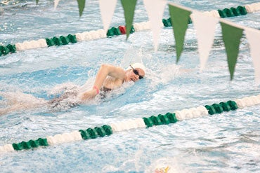 Wayne State's Catherine Leix swimming freestyle.