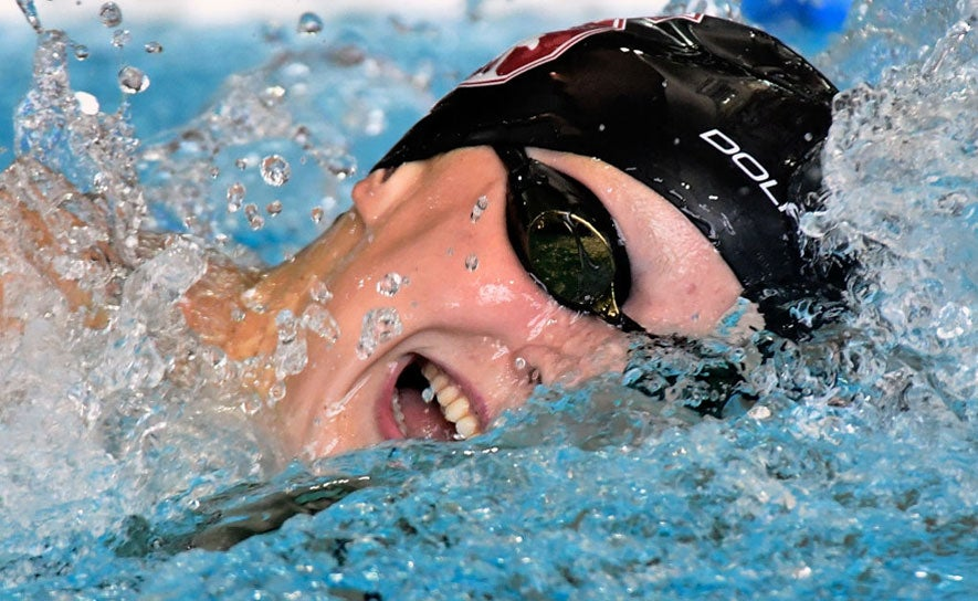Katie Ledecky swimming freestyle.