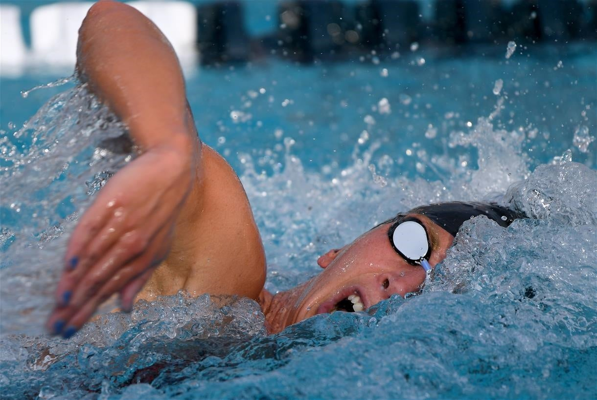 Ashley Twichell, Anton Ipsen Open TYR Pro Swim Series at Knoxville with Wins