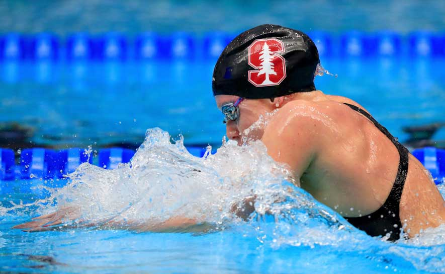 Ella Eastin swims the 200 IM at the 2017 National Championships.
