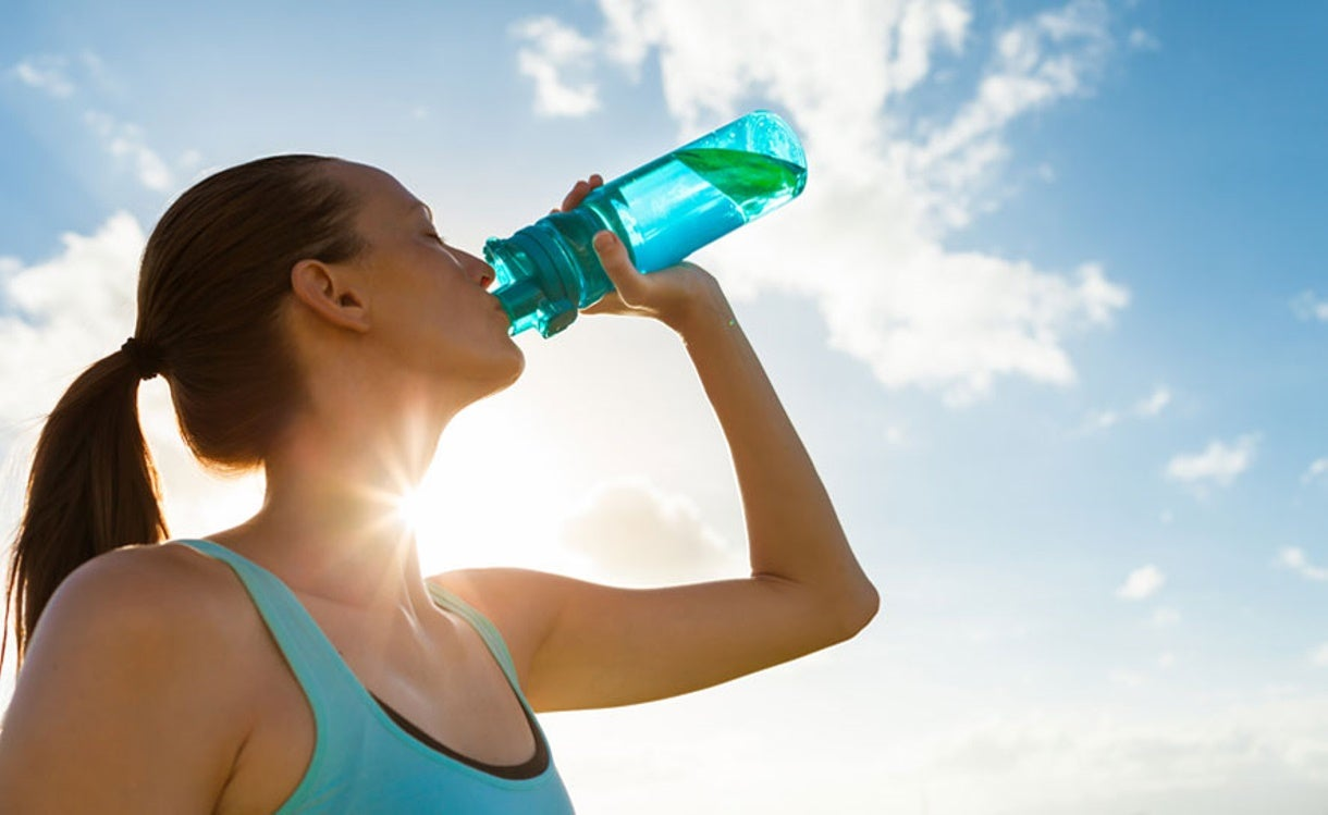 Summer Hydration Tips for Swimmers